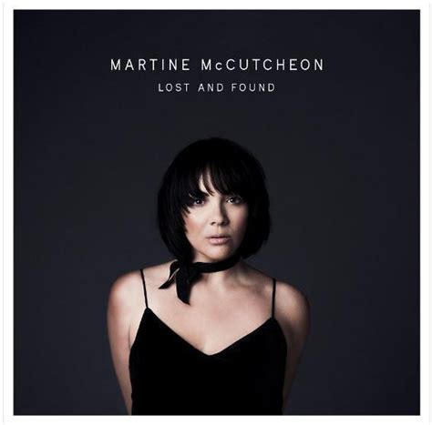 martine mccutcheon guildford martine mccutcheon looks sultry as she premieres video for