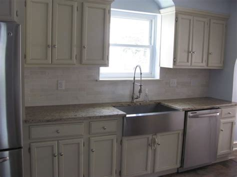 galley kitchen makeover ideas 1000 ideas about galley kitchen redo on pinterest