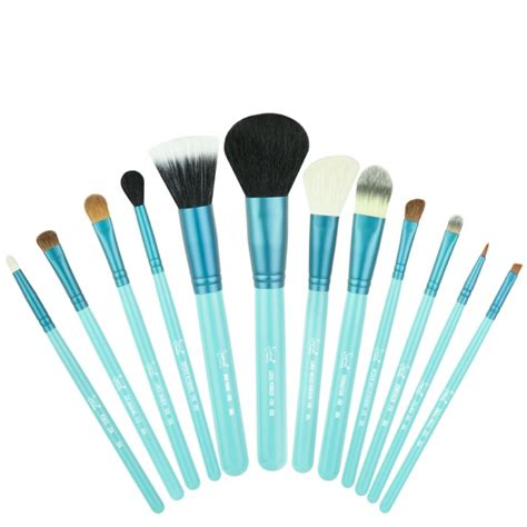 Sigma Brush Make Up 200 best makeup images on makeup swatches lipstick swatches and makeup sles
