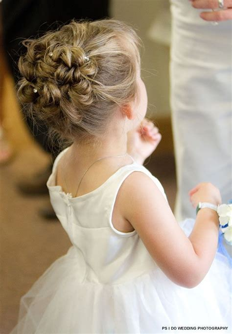 Wedding Hairstyles For Toddlers by 25 Best Ideas About Toddler Updo On Toddler