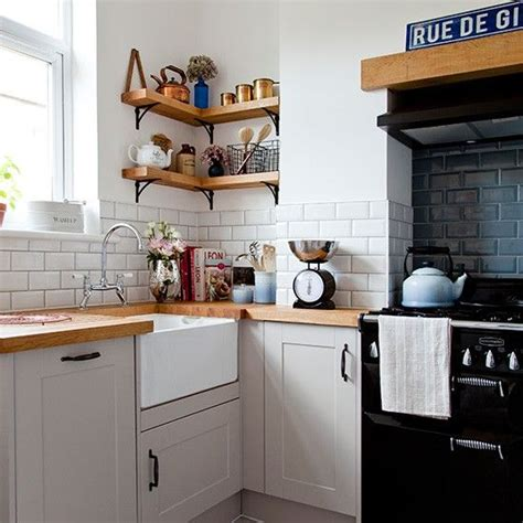 country cottage kitchen tiles metrotegels homease