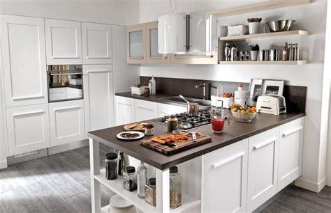 mobili prezioso cucine come arredare le cucine piccole consigli cucine