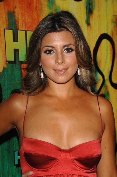 girls   world american actress  singer jamie lynn sigler cute