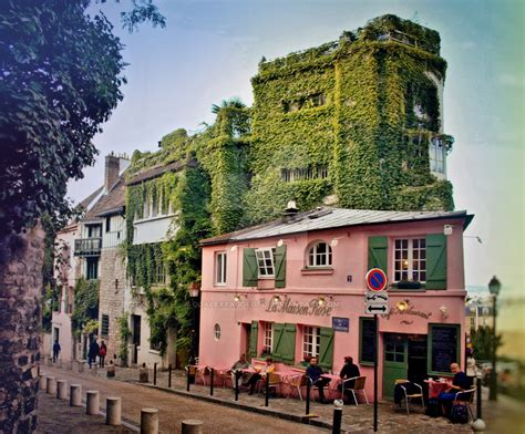 buy house in paris a pink house is in paris by goalexxagofoto on deviantart