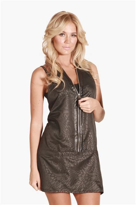 Hair Stylist Vests And Jackets by Salon Smocks And Capes Hairstylegalleries