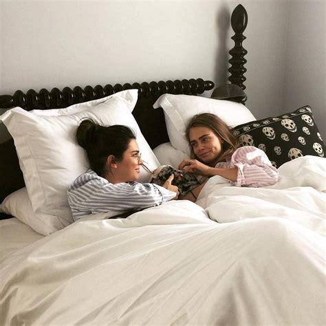 lesbians in bed 20 se 241 ales de que tu mejor amiga y t 250 son una pareja