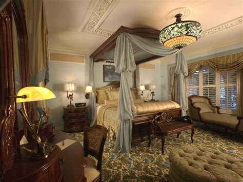 victorian style bedroom mouseplanet photo tour disneyland s new disneyland
