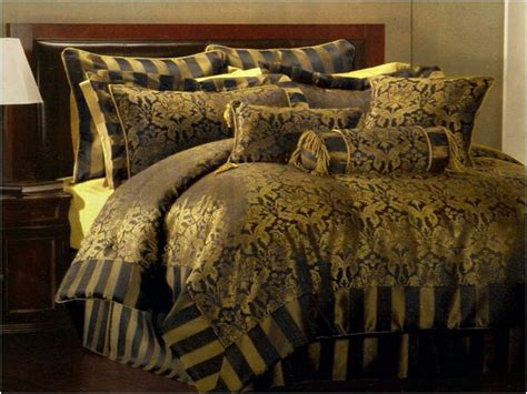 Gold And Black Bedding Sets by Black And Gold Bedding Black And Gold Bed Sets Home Design