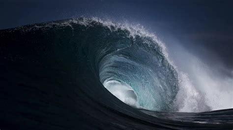 dispersion big water wave desktop  wallpaper