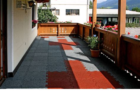 piastrelle per terrazzo esterno mattonelle per terrazzo sicurezza con gomma antitrauma