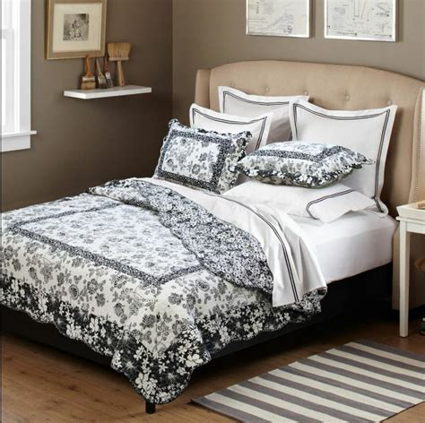Bedspreads Coverlets by Black And White Floral 100 Cotton Quilt Set Bedspread