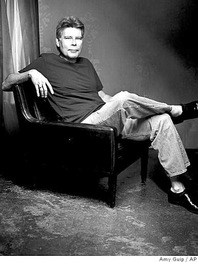 'Under the Dome,' by Stephen King - SFGate