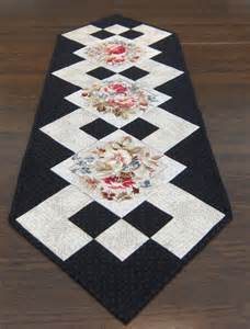 1000 id 233 es sur le th 232 me patchwork table runner sur