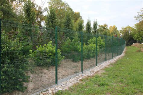 cloture jardin grillage rigide immobilier travaux comment construire sa cl 244 ture ou installer grillage de jardin