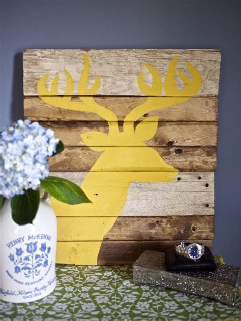 21 diy wood wall artwork pieces for any space and interior 21 diy wood wall art pieces for any room and interior