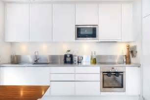 diy paint kitchen cabinets white