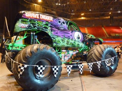 monster truck show birmingham no limit rc birmingham and cardiff monster mayhem at
