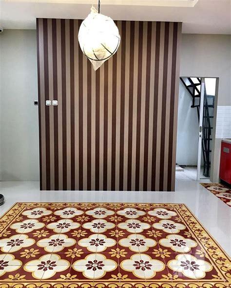 info terkini keramik dinding ruang tamu sederhana