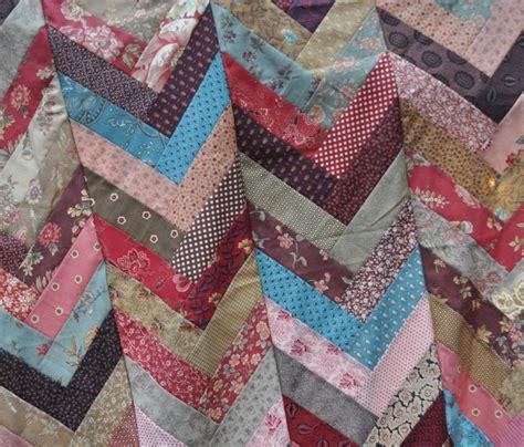 Chevron Quilt Pattern Using Jelly Roll by The Binding Tool Mini 171 Modafabrics