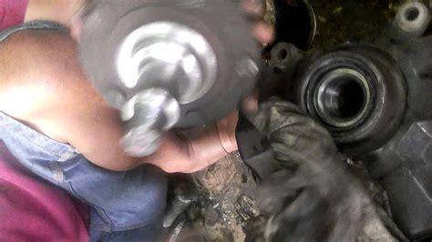 Bearing Roda Xenia memasang bearing roda depan mobil