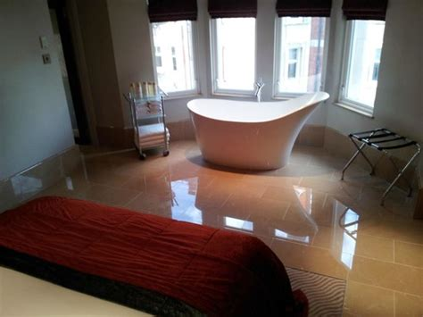 free standing bath in bedroom bedroom with free standing bathtub picture of radisson