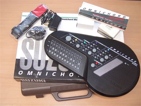 suzuki omnichord om150 and 250m