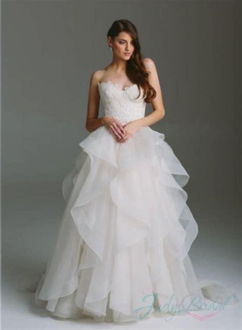 romance sweetheart bodice organza ruffles ball gown
