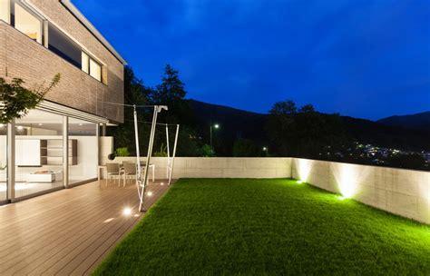 prato finto per terrazzo erba sintetica pavimento sempre verde