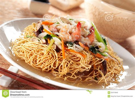 Crispy Seafood Deli 1 Kg crispy noodle and seafood stock photo image 25474940