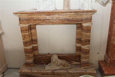 cornice camino marmo zem enrico marmi arzignano foto camini e caminetti in marmo