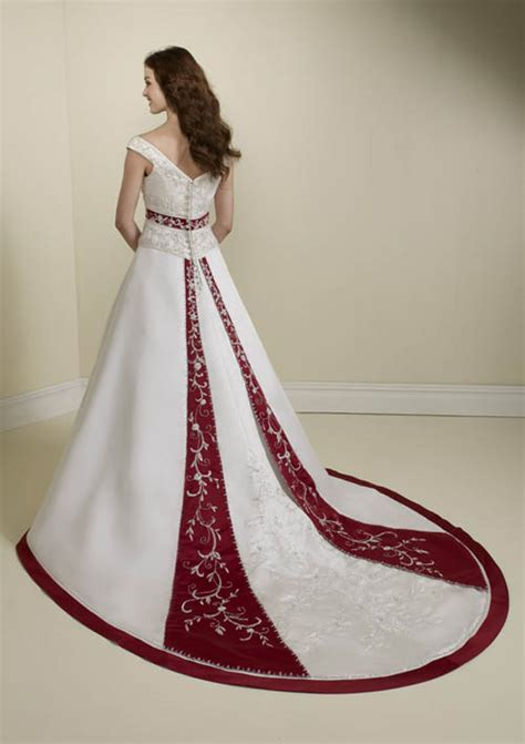 Brautkleider Rot by A Wedding Addict Timeless And White Wedding Dresses