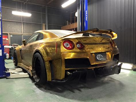 Diesel Godzilla Silver White this gold plated finely engraved nissan gt r by kuhl