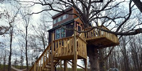 Treehouse Cabins Illinois by In The News A Treehouse Log Cabin Resort Treehouse