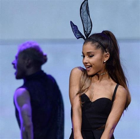 why ariana grande wears cat ears 25 best images about ariana grande cat ears on pinterest
