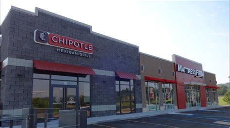chipotle and mattress firm goodman real estate services