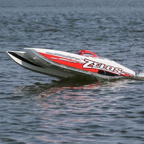 rc boats on pro boat rtr zelos g 48 quot catamaran rc car action