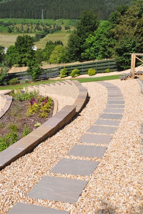 Garden Stones And Gravel Sandstone Stepping Path Surrounded With Quartz Gravel