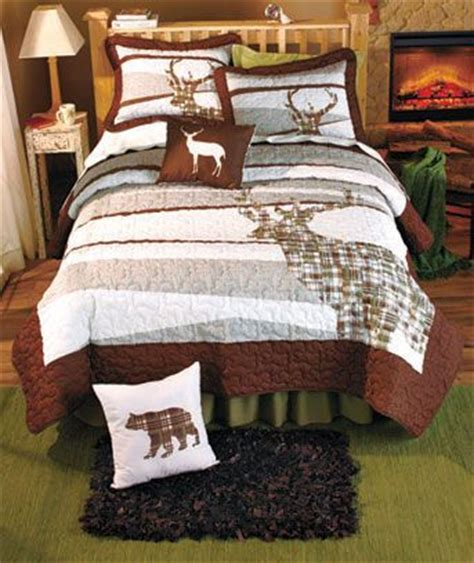 Cabin Themed Bedding by 25 Best Ideas About Lodge Decor On
