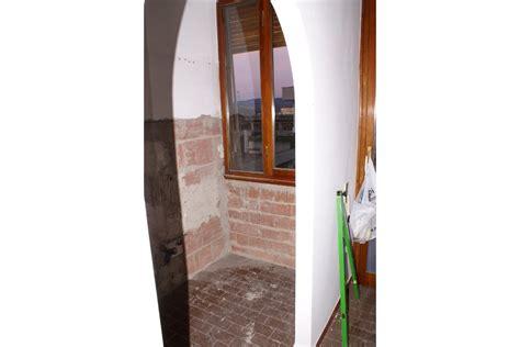 cucine in abete cucina in finta muratura in abete color naturale pp