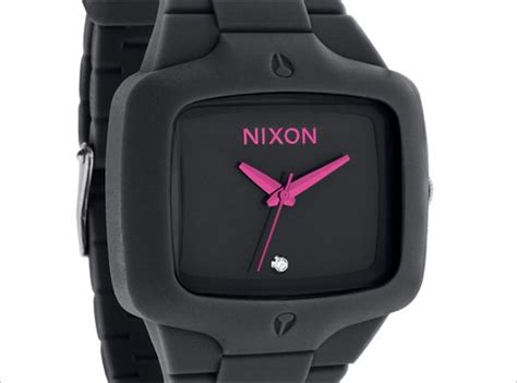 Nixon Player Merah by 236 Best Images About Manly World Of Pink On