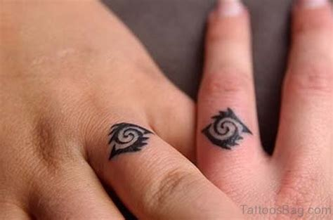 tribal tattoos for fingers 25 pleasing tattoos on fingers