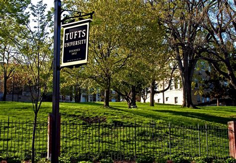 Tufts Search Tufts Graduate Students Are To Vote To Unionize Edify
