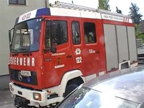 Kinder Auto Zum Fahren by Kinder Fahren Mit Den Feuerwehrauto In Wildungsmauer 11 07