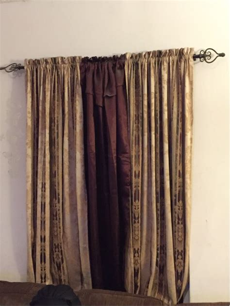 Letgo Burgundy And Gold Curtains In Jacksonville Fl