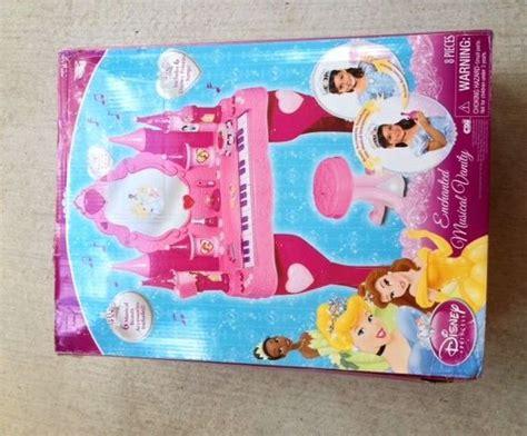 Disney Princess Musical Vanity by Disney Princess Piano Keyboard Vanity Salon Enchanted