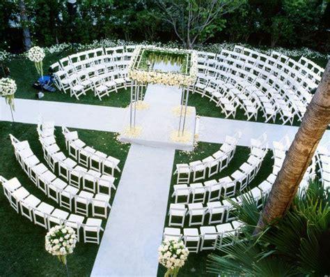 Best 25  Wedding seating arrangements ideas on Pinterest