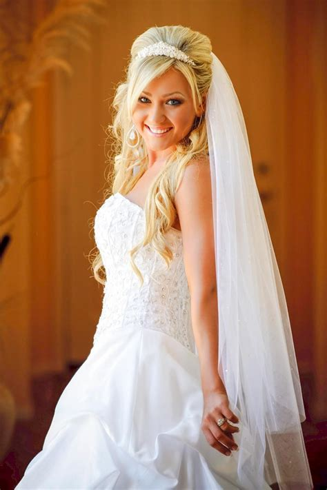 Hochzeitsfrisuren Mit Schleier Halboffen by Offene Brautfrisur Mit Schleier Hochzeitsfrisuren