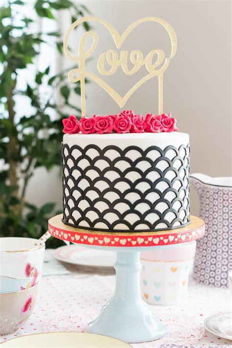 decorar tartas san valentin v 237 deo receta tarta de fondant para san valent 237 n