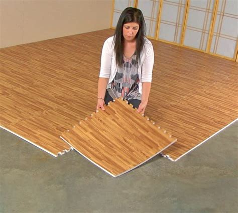 Interlocking Wood Floor by Faux Hardwood Floor Interlocking Foam Tiles 25 Pack