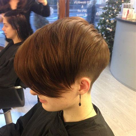 wedge cut for thick hair 20 wonderful wedge haircuts